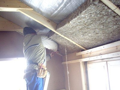Утепление крыши льняными плитами.jpg